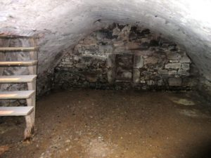 local 22rue de Bonald cave SITE