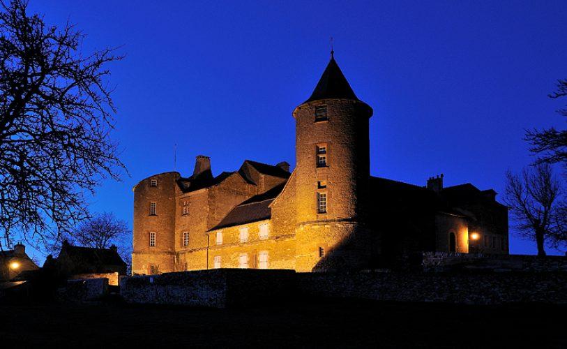 Château d'Onet Village