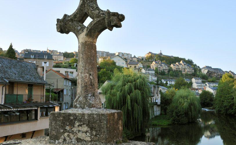 Le village du Monastère vu du pont gothique