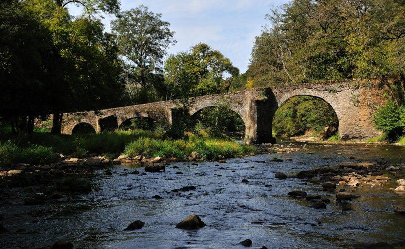 Pont de Comencau à Druelle-Balsac